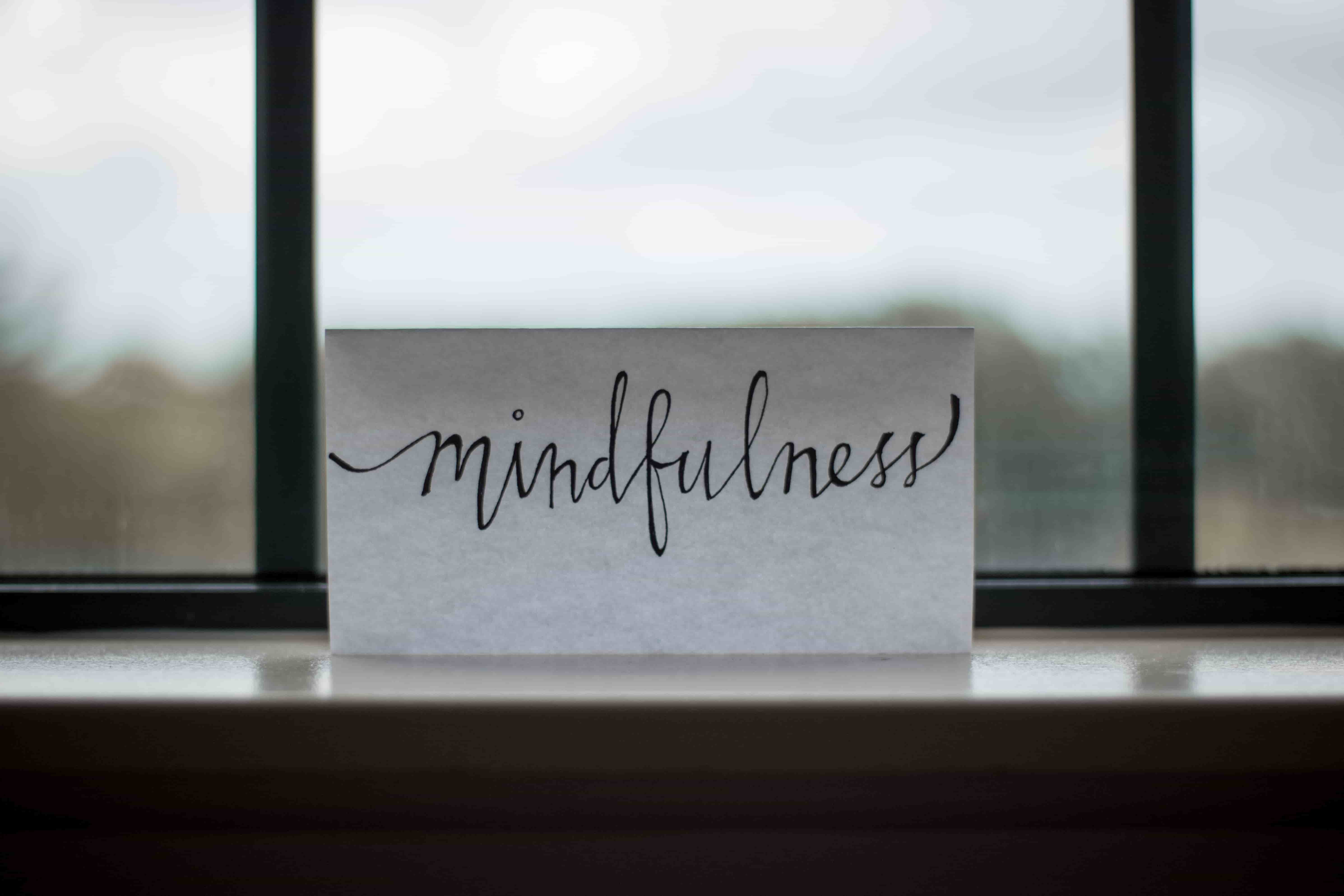 You are currently viewing What and How of Mindfulness ? 5 Easy Steps To Practice Mindfulness Every 30 mins!
